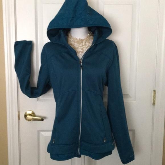 8e66874a7c02 Champion Jackets   Blazers - NWOT Champion Hooded Jacket — Duo Dry Venture  Wm